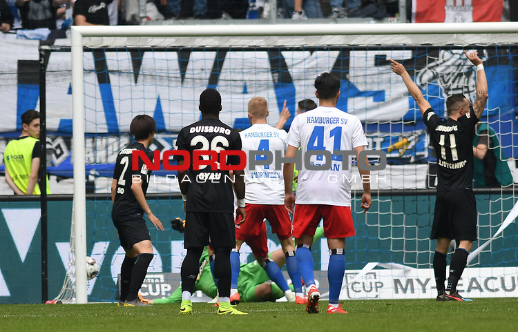 19.05.2019,  GER; 2. FBL, Hamburger SV vs MSV Duisburg ,DFL REGULATIONS PROHIBIT ANY USE OF PHOTOGRAPHS AS IMAGE SEQUENCES AND/OR QUASI-VIDEO, im Bild Manuel Wintzheimer (Hamburg #02) schiesst das 2-0 fuer Hamburg vorbei an Torhueter Daniel Mesenhoeler (Mesenhöler Duisburg #27)  Foto © nordphoto / Witke *** Local Caption ***