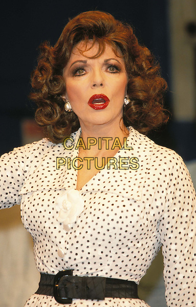 JOAN COLLINS.Ref:11131.www.capitalpictures.com.sales@capitalpictures.com.© Capital Pictures .theatre, play, stage.