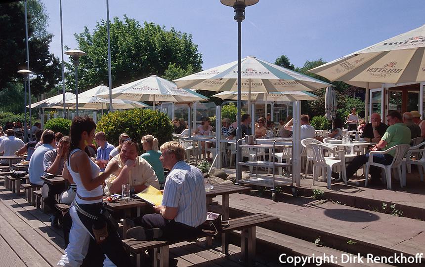 Anleger von Café-Restaurant Alster-Cliff an der Außenalster, Fährdamm 13, Hamburg, Deutschland