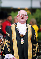 Pictured: Councillor Philip Downing inspects the Welsh Guards in Castle Square in Swansea.  Friday 15 September 2017<br /> Re: Soldiers from the Welsh Guards have exercised their freedom to march through the streets of Swansea in Wales, UK.<br /> The Welsh warriors paraded with bayonets-fixed from the city centre to the Brangwyn Hall, where the Lord Mayor of Swansea took a salute.