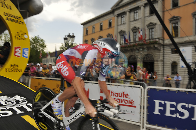 Denis Menchov (RUS) Rabobank starts Stage 18 of the Tour de France 2009 an individual time trial running 40.5km around Lake Annecy, France. 23rd July 2009 (Photo by Eoin Clarke/NEWSFILE)