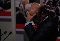 ATENCAO EDITOR FOTO EMBARGADA PARA VEICULO INTERNACIONAL - SAO PAULO, SP , 24 DE SETEMBRO 2012 - DEBATE TV GAZETA - O candidato a prefeitura da cidade de Sao Paulo, Jose Serra (PSDB) durante debate do primeiro turno da tv Gazeta na noite desta segunda-feira, 24 na sede da tv na avenida Paulista. FOTO: VANESSA CARVALHO / BRAZIL PHOTO PRESS.