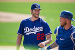 (L-R) Clayton Kershaw, Yasmani Grandal (Dodgers),<br /> MARCH 3, 2016 - MLB :<br /> Pitcher Clayton Kershaw and catcher Yasmani Grandal of the Los Angeles Dodgers during a spring training baseball game against the Chicago White Sox at Camelback Ranch-Glendale in Phoenix, Arizona, United States. (Photo by Thomas Anderson/AFLO) (JAPANESE NEWSPAPER OUT)