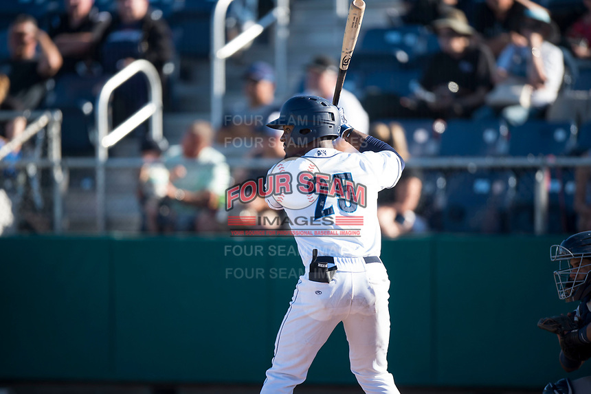Everett AquaSox center fielder Josh Stowers (25) at bat during a Northwest League game against the Tri-City Dust Devils at Everett Memorial Stadium on September 3, 2018 in Everett, Washington. The Everett AquaSox defeated the Tri-City Dust Devils by a score of 8-3. (Zachary Lucy/Four Seam Images)