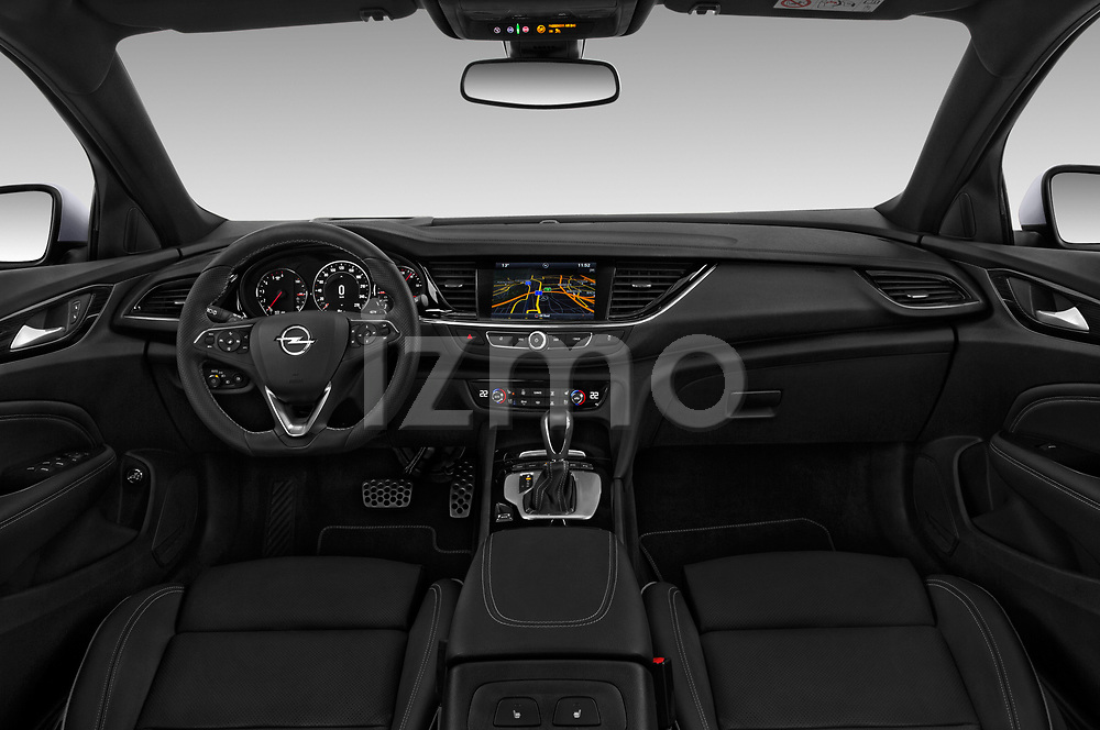 Stock photo of straight dashboard view of a 2018 Opel Insignia Country Tourer Exclusive 5 Door Wagon