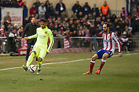 Atletico de Madrid´s Juanfran and Barcelona´s Neymar da Silva during 2014-15 Spanish King Cup match between Atletico de Madrid and Barcelona at Vicente Calderon stadium in Madrid, Spain. January 28, 2015. (ALTERPHOTOS/Luis Fernandez) /nortephoto.com<br />
