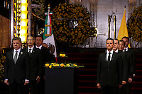 Mexico City, Mexico. 21th April 2014 - Colombian president Juan Manuel Santos (L) and Mexican president Enrrique Pena Nieto attend the awake service of Colombian Nobel Prize laureate Gabriel Garcia Marquez in Mexico City. Photo by Miguel Pantaleon/VIEWpress