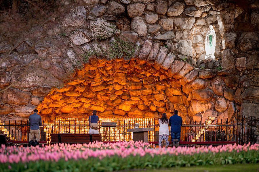 Apr. 17, 2016; Grotto (Photo by Matt Cashore/University of Notre Dame)