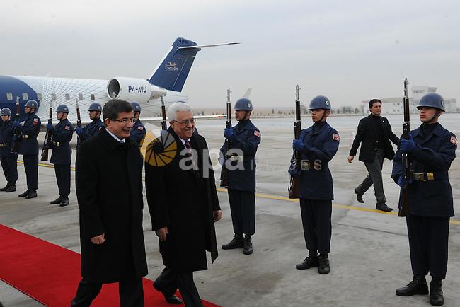 Palestinian President, Mahmoud Abbas (Abu Mazen) meet with the Turkish Foreign Minister Ahmed Daoud Ihsanoglu in Konya City  in Turkey  on Dec. 19, 2011. Photo by Thaer Ghanaim