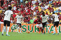 RIO DE JANEIRO, RJ, 24.11.2013 - Hernane  do Flamengo durante a partida contra o Corinthians, neste domingo, pela trigésima sexta rodada do Campeonato Brasileiro no Maracanã. (Foto. Néstor J. Beremblum / Brazil Photo Press).