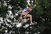 FIERJEPPEN: BUITENPOST: 28-07-2017, FLB topklasse wedstrijd, Age Hulder, wint met 20.19 meter, ©Martin de Jong