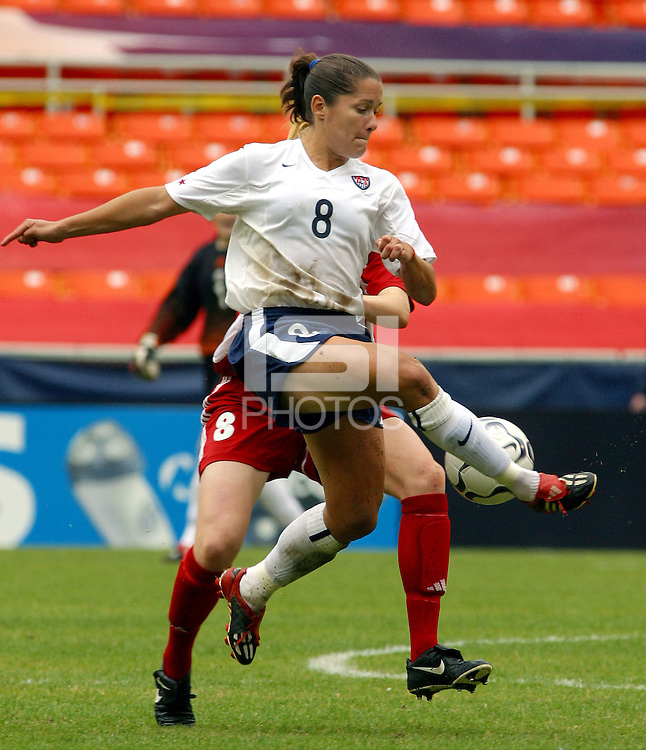 Shannon MacMillan , USWNT vs Canada April 26, 2003.