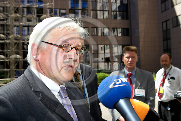 BRUSSELS - BELGIUM - 17 JULY 2006 -- EU-Council General Affairs meeting with Foreign Ministers, Finnish Presidency. -- German Foreign Affairs minister Frank Walter STEINMEYER arrives for a General Affairs Council meetingl. -- PHOTO: Thierry MONASSE / EUP-IMAGES