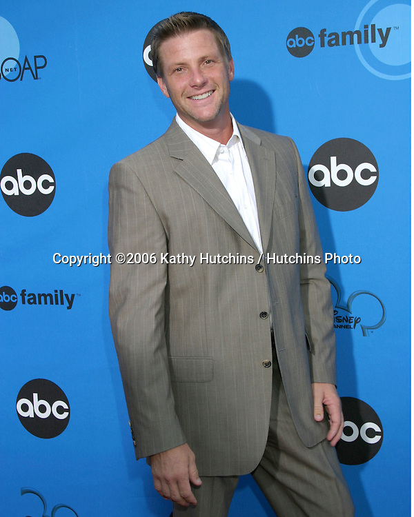 Doug Savant.ABC Television Group TCA Party.Kids Space Museum.Pasadena, CA.July 19, 2006.©2006 Kathy Hutchins / Hutchins Photo....