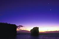 Sweetheart rock, Puu Pehe, With moon at dusk, Lanai