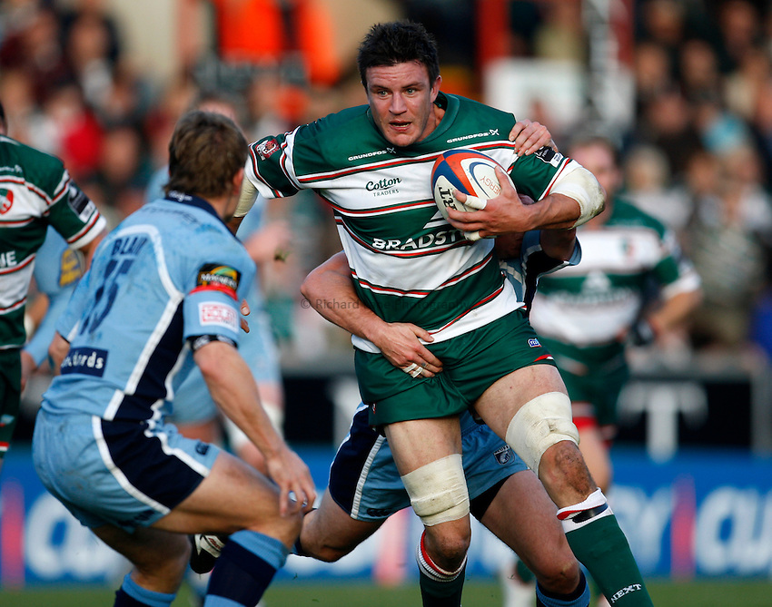 Photo: Richard Lane/Richard Lane Photography..Leicester Tigers v Cardiff Blues. EDF Energy Cup. 03/11/2007. .Tigers' Martin Corry attacks.