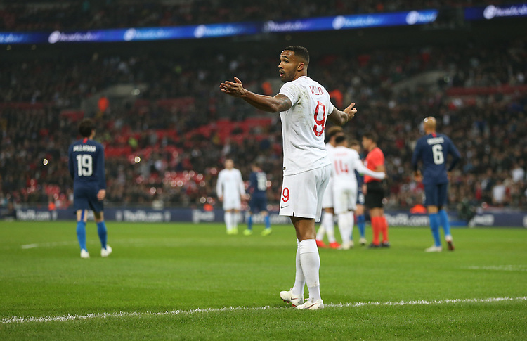 England's Callum Wilson appeals for a penalty<br /> <br /> Photographer Rob Newell/CameraSport<br /> <br /> The Wayne Rooney Foundation International - England v United States - Thursday 15th November 2018 - Wembley Stadium - London<br /> <br /> World Copyright © 2018 CameraSport. All rights reserved. 43 Linden Ave. Countesthorpe. Leicester. England. LE8 5PG - Tel: +44 (0) 116 277 4147 - admin@camerasport.com - www.camerasport.com