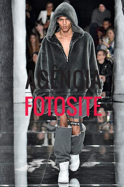 Puma by Rihanna<br /> <br /> New York - Inverno 2016<br /> <br /> <br /> foto: FOTOSITE