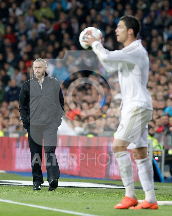 Real Madrid's coach Jose Mourinho (l) and Cristiano Ronaldo during La Liga match.April 14,2012. (ALTERPHOTOS/Acero)