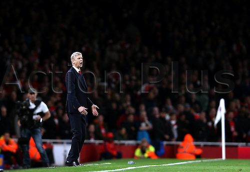 08.11.2015. Emirates Stadium, London England.  Arsenal manager Arsene Wenger asks more of his players during the Barclays Premier League match between Arsenal and Tottenham Hotspur at the Emirates Stadium in London, England on Nov. 8, 2015. The match ended in a 1-1 draw.
