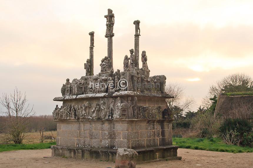France, Finistère (29), Saint-Jean-Trolimon, Tronoën, Chapelle de Tronoën et son calvaire, le calvaire // France, Finistere, Saint-Jean-Trolimon, Tronoen, chapel of Tronoen and its Calvary, the Calvary