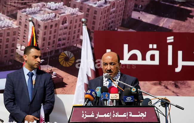 Palestinian Minister of public works and housing, Mofeed al-Hasayna speaks during the ceremony of the second phase of the Sheikh Hamad Town, in Khan Younis in the southern Gaza strip, on February 11, 2017. Photo by Ashraf Amra