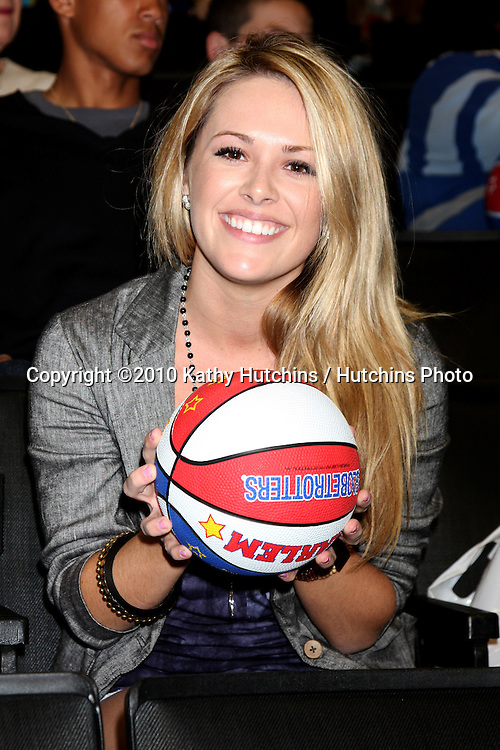 Natalie Hall.at the Harlem Globetrotters Game .Staples Center.Los Angeles, CA.February 14, 2010.©2010 Kathy Hutchins / Hutchins Photo....