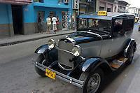 Ford oldtimer in streets of Havana, Cuba