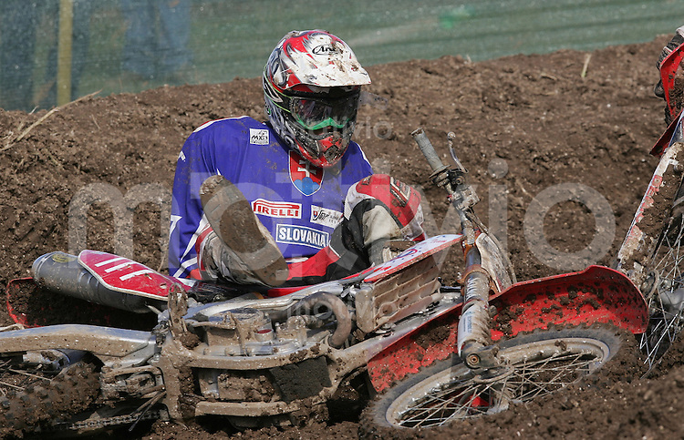 Matterly-Basin near Winchester , 240906 , Motocross of Nations , Motocross der Nationen , Tag2 , Finallaeufe  Sturz von Martin KOHUT / SLK