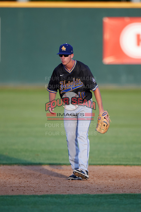 Alamo Heights Mules shortstop Michael Kelleher (10) during a game against the Floresville Tigers on April 22, 2016 at the Park at Alamo Heights in San Antonio, Texas.  Alamo Heights defeated Floresville 5-0.  (Mike Janes/Four Seam Images)
