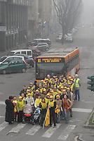 - day of  traffic block, demonstration of Legambiente in favor of the public transport....- giornata di blocco del traffico, manifestazione di Legambiente in favore del trasporto pubblico
