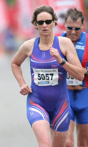21 AUG 2005 - LAUSANNE, SWITZERLAND - Sarah Springman (GBR) - European Triathlon Championships. (PHOTO (C) NIGEL FARROW)