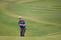Charley Hoffman (USA) chips on to 9 during Round 2 of the Valero Texas Open, AT&T Oaks Course, TPC San Antonio, San Antonio, Texas, USA. 4/20/2018.<br /> Picture: Golffile | Ken Murray<br /> <br /> <br /> All photo usage must carry mandatory copyright credit (© Golffile | Ken Murray)