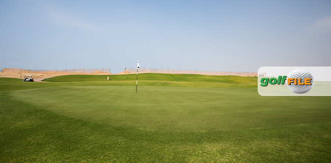 View of the 11th green at Al Zorah Golf Club, Dubai, United Arab Emirates.  26/01/2016. Picture: Golffile | David Lloyd<br /> <br /> All photos usage must carry mandatory copyright credit (&copy; Golffile | David Lloyd)