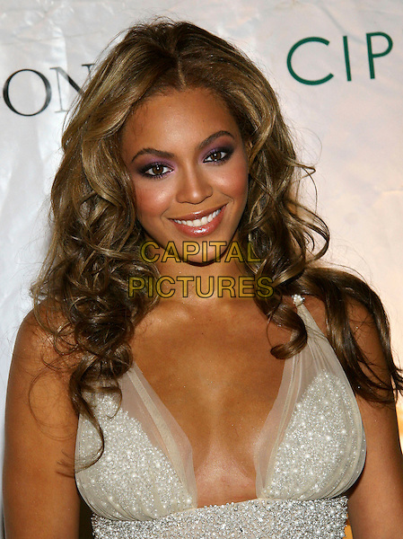 BEYONCE KNOWLES.The Cipriani Wall Street Concert Series Finale at Cipriani Wall St., New York, NY.  .November 1st, 2005.Photo: Jackson Lee/Admedia/Capital Pictures.Ref: JL/ADM.headshot portrait plunging neckline.www.capitalpictures.com.sales@capitalpictures.com.© Capital Pictures.