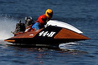 44-H and 46-S  (outboard runabout)