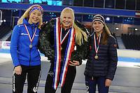 SCHAATSEN: HEERENVEEN: 05-02-2017, KPN NK Junioren, Podium Junioren B Dames, Michelle de Jong, kampioene Rachelle van de Griek, Maud Lugters, ©foto Martin de Jong