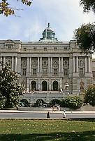 Washington D.C.--Library of Congress. Photo '85.