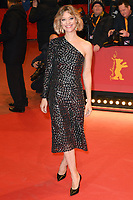 BERLIN, GERMANY - FEBRUARY 7: Heike Makatsch attends The Kindness Of Strangers premiere and Opening Night Gala of the 69th Berlinale International Film Festival Berlin at the Berlinale Palace on February 7, 2018 in Berlin, Germany.<br /> CAP/BEL<br /> ©BEL/Capital Pictures