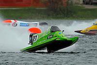 Carlos Mendana (#27), Mark Major (#17) and Lynn Simberger (#72)     (Formula 1/F1/Champ class)
