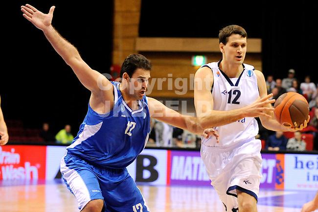 basketbal gasterra flames - panellinios europa cup seizoen 2010-2011 21-12-2010 john turek met vaggelis sklavos