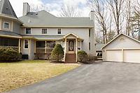 43 Sarazen St, Saratoga Springs, NY - Lorraine Conoby