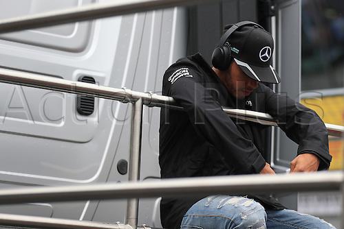 03.07.2016. Red Bull Circuit, Spielberg, Austria. F1 Grand pix of Austria. Race Day.  Lewis Hamilton signs autographs