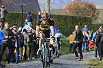 Gijs Van Hoecke (BEL) Lotto NL-Jumbo climbs Oude Kwaremont during the 60th edition of the Record Bank E3 Harelbeke 2017, Flanders, Belgium. 24th March 2017.<br /> Picture: Eoin Clarke | Cyclefile<br /> <br /> <br /> All photos usage must carry mandatory copyright credit (&copy; Cyclefile | Eoin Clarke)