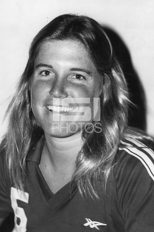 1982: Kisi Haine.