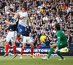 Steven Naismith heads towards goal