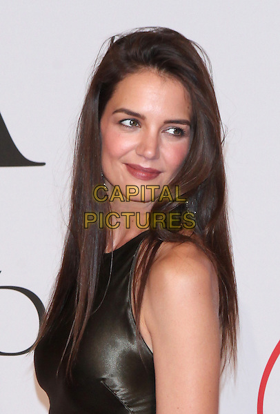 NEW YORK, NY - JUNE 1: Katie Holmes at the 2015 CFDA Fashion Awards at Alice Tully Hall, Lincoln Center in New York City on June 1, 2015. <br /> CAP/MPI/COR99<br /> &copy;COR99/MPI/Capital Pictures