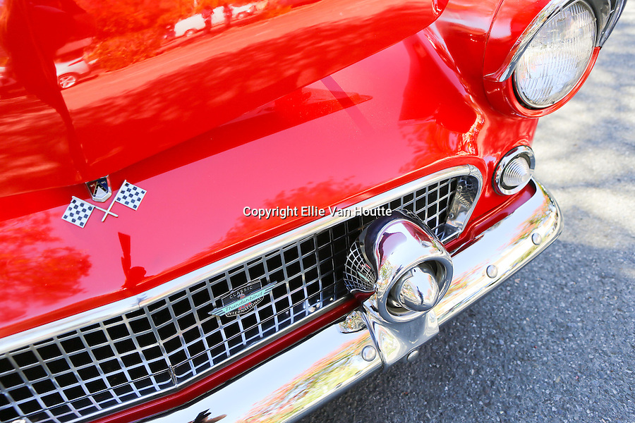 The front grill of a 1965 Ford Thunderbird glistens in the sun at the Los Altos Fall Festival.