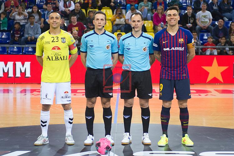 League LNFS 2018/2019 - Game 29.<br /> FC Barcelona Lassa vs Viña Albali Valdepeñas: 5-1.<br /> Zamo & Lozano posando con los arbitros.