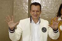 SÃO PAULO,SP, 02.10.2016 - ELEIÇÕES-SÃO PAULO - Celso Russomanno candidato do PRB a Prefeitura de São Paulo é visto registrando seu voto no colégio Santo Américo no bairro do Morumbi na região sul de São Paulo, neste domingo, 02. (Foto: Adriana Spaca/Brazil Photo Press)